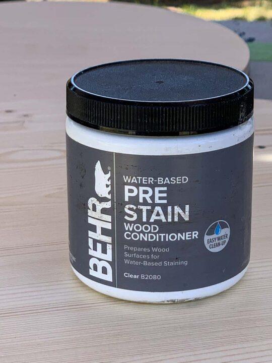 Jar of Behr Pre Stain Wood Conditioner